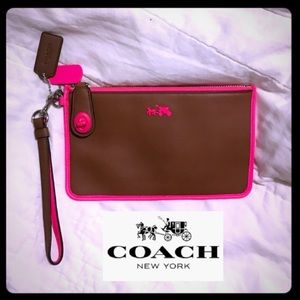 NWT👛Coach👛Butter Leather Wristlet